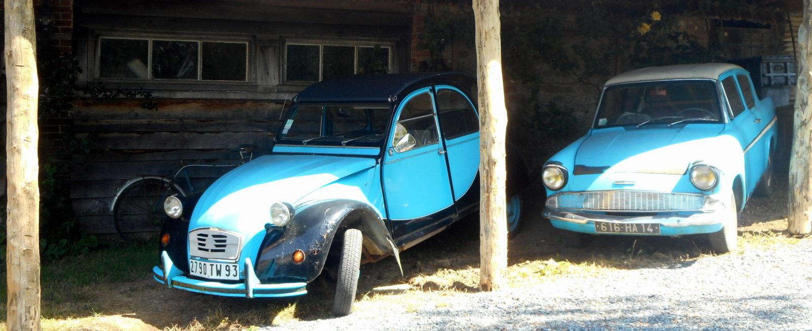Vieilles voitures manoir de Pontfol