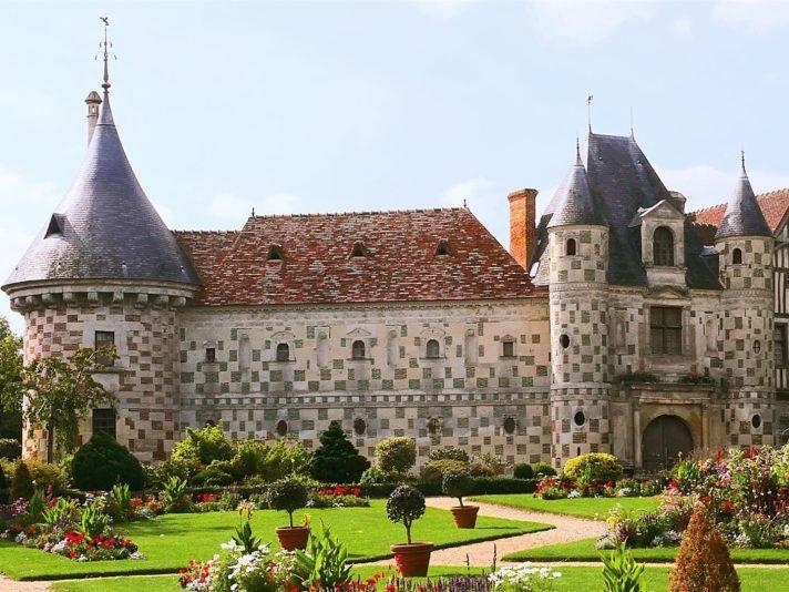 Saint-Germain de Livet château